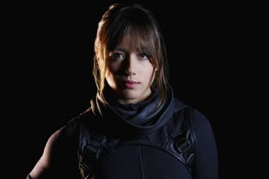 Chloe Bennet como Daisy Johnson/Skye, una de las Inhumanos que revitalizaron la narración de Marvel's Agents of Shield