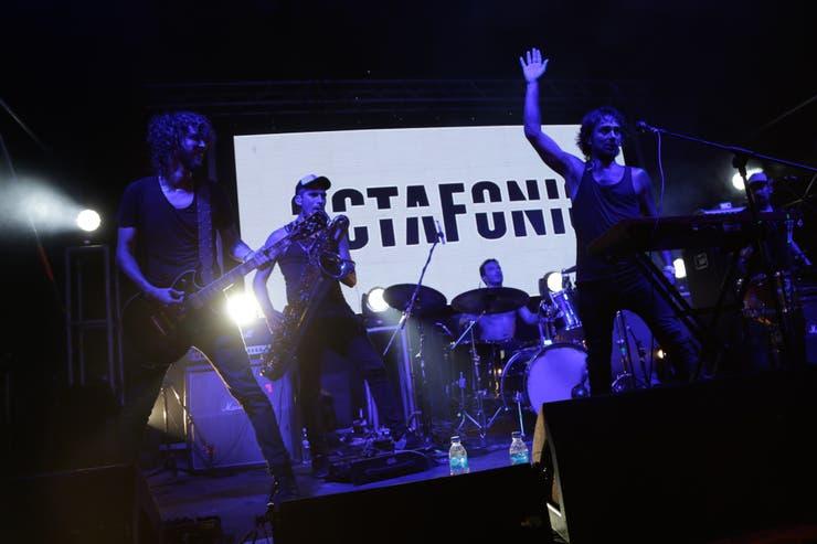 La presentación de Octafonic sobre el escenario del Quilmes Garage.