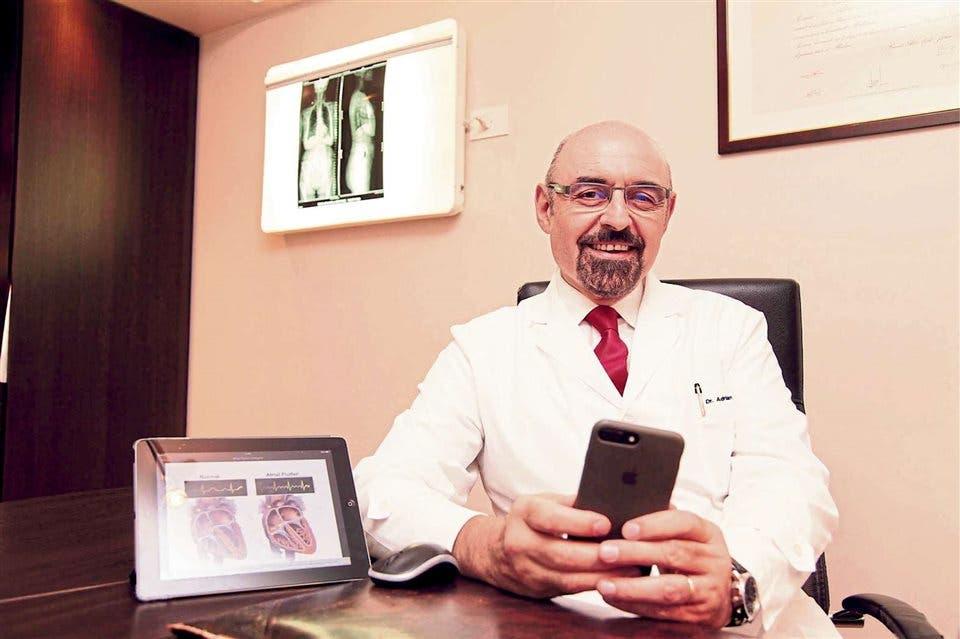 Turnos online autogestionados, historias clínicas en formato electrónico, videoconsultas o preguntas vía WhatsApp y redes sociales son algunas de las variables que ya se han instalado en los consultorios de los profesionales de la salud