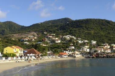 Aunque Petite Martinique cuenta con menos de 1000 habitantes tiene algo de infraestructura turística