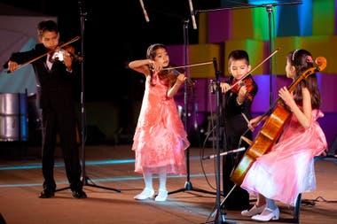 Los fabulosos hermanos Breashears forman el Stars Aligned String Quartet