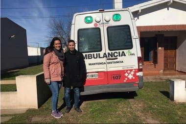 El matrimonio venezolano con la ambulancia y la casa donde habitan