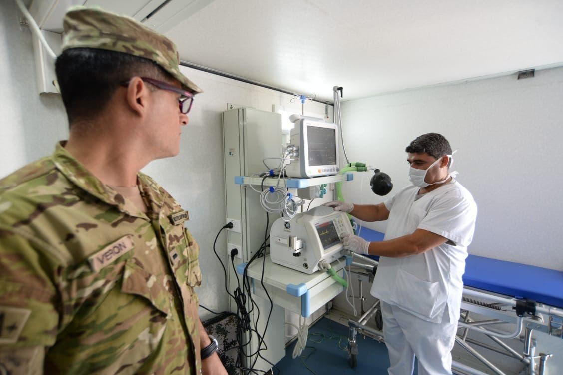 El ministro Agustín Rossi ordenó a las FF. AA. alistar todos los hospitales militares para la emergencia