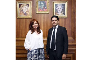 Cristina Fernández junto a Matias Capeluto, el nuevo director de la Casa Néstor Kirchner