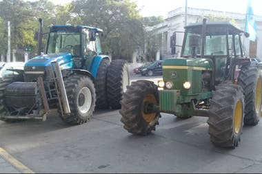 Desde Alta Gracia, Córdoba, los productores se sumaron con tractores al #12O