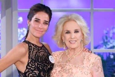 Juana Viale reemplazó a Mirtha Legrand durante nueve meses. Este sábado nieta y abuela compartirán la famosa cena televisiva