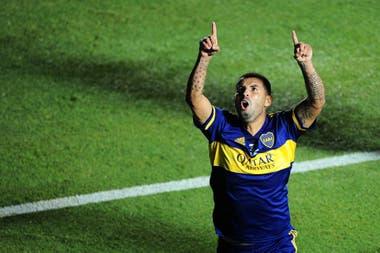 Edwin Cardona festeja el golazo que abrió la final.