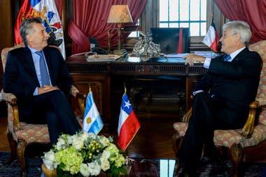 El presidente Mauricio Macri, en Chile, durante la asunción del mandatario chileno Sebastián Piñera