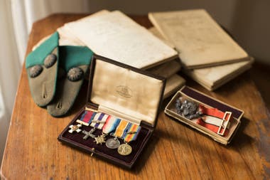 Condecoraciones y otros recuerdos personales de la guerra