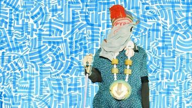 El diseñador es una de las figuras alternativas del hip hop; activista en favor de la despenalización de la droga, con su trabajo también levanta la bandera del upcycling