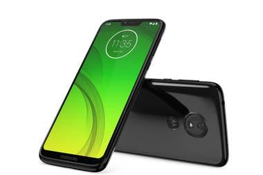 Smartphone que te divierte. El Moto G7 Power cuenta con una batería que permite trabajar y ver contenido por 55 horas con una sola carga. Además, incluye el procesador octa-core Qualcomm Snapdragon 632 a 1,8 GHz, 3 GB de RAM y 32 GB de almacenamiento expandible ($14.999).