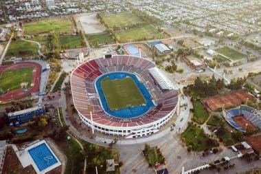 El estadio Nacional de Santiago de Chile, el escenario que iba a recibir la final de la Libertadores.