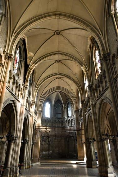 Pocos vecinos conocen esta reliquia neogótica construida en 1893 con características similares, a menor escala, del santuario de Lourdes de Francia