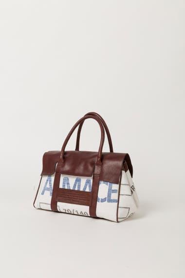 Maxi Bolso. Se venden en la tienda online y en el Malba.