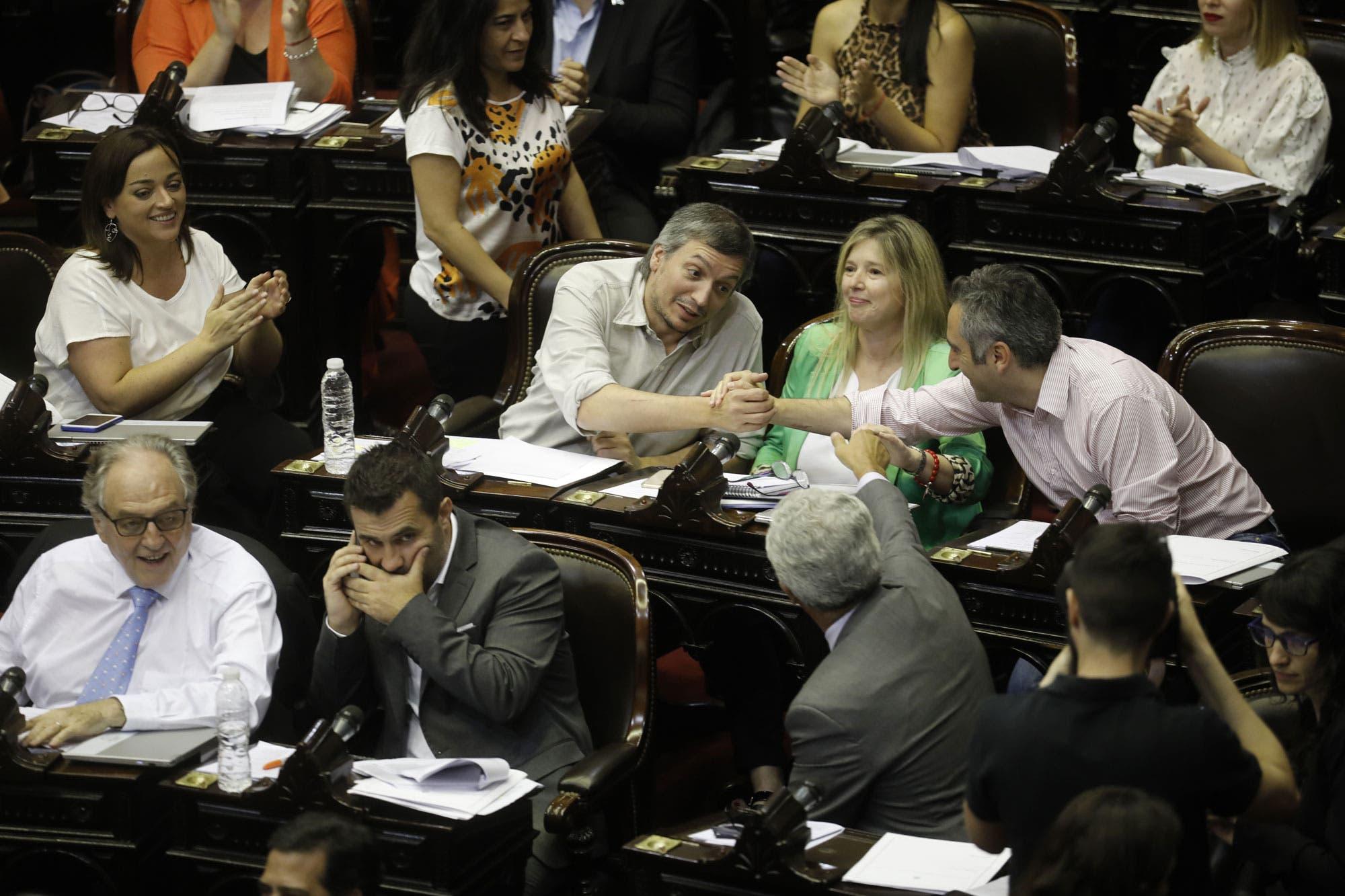 Diputados: se debate el megaproyecto de emergencia económica