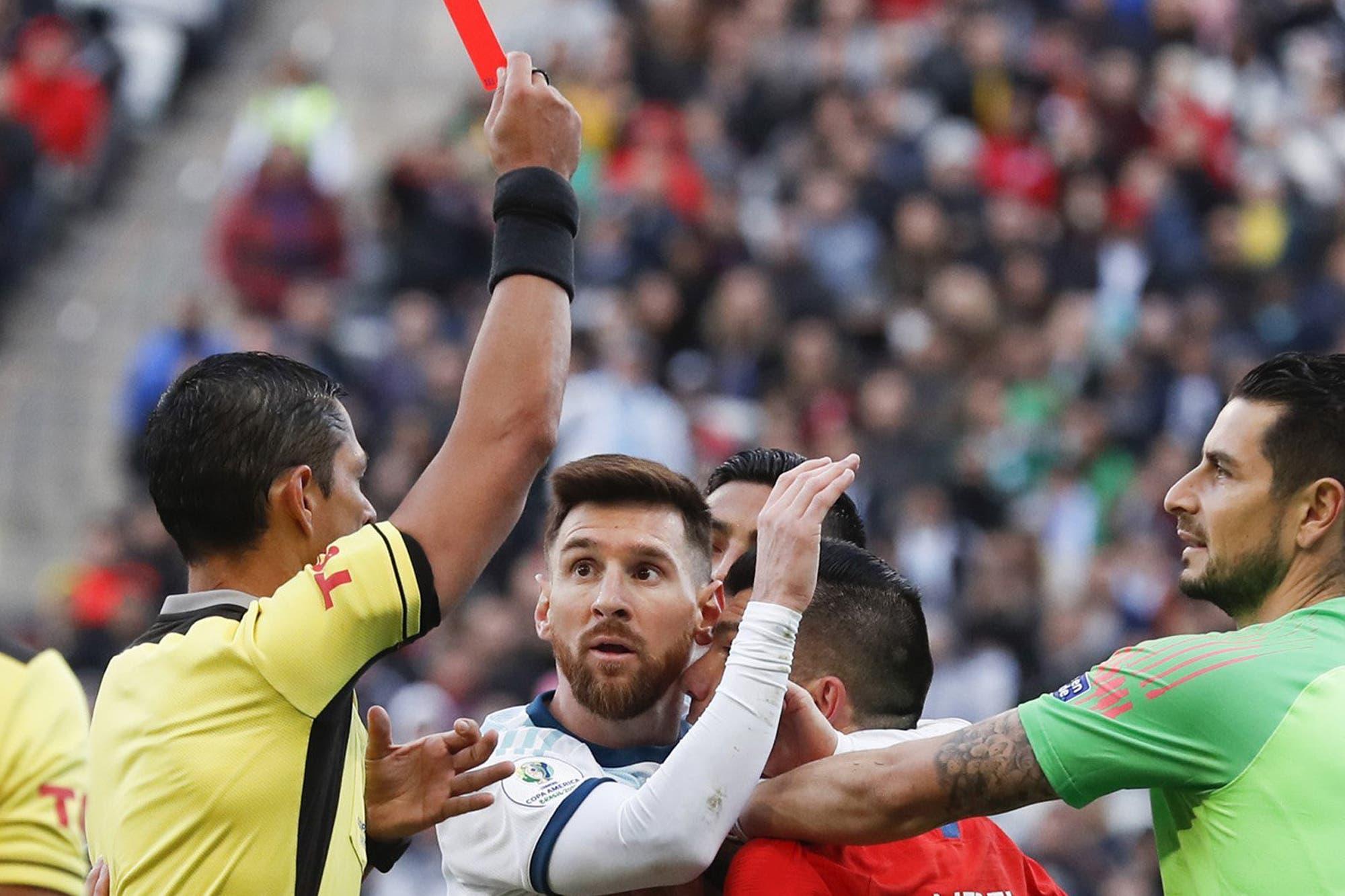 """Las frases más impactantes que dejó 2019: de la """"corrupción"""" que denunció Lionel Messi al trágico presagio de Emiliano Sala"""
