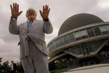 Ray Bradbury en el Planetario, en su visita a nuestro pais en 1997