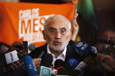 El candidato a presidente Carlos Mesa