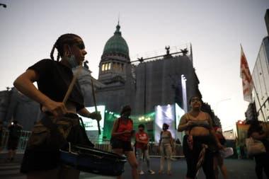 Aborto legal: con enmiendas, los parlamentarios acordaron y votarán hoy