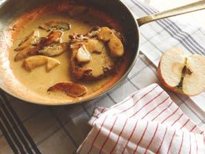 Costillitas de cerdo al curry con manzanas