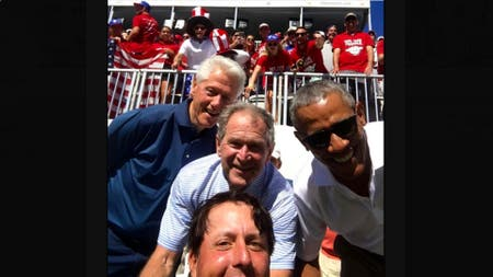 Phil Mickelson con los ex presidentes Clinton, Bush y Obama