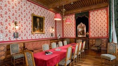 Actualmente el castillo está abierto como hospedaje y sala de conferencias, recepciones y talleres