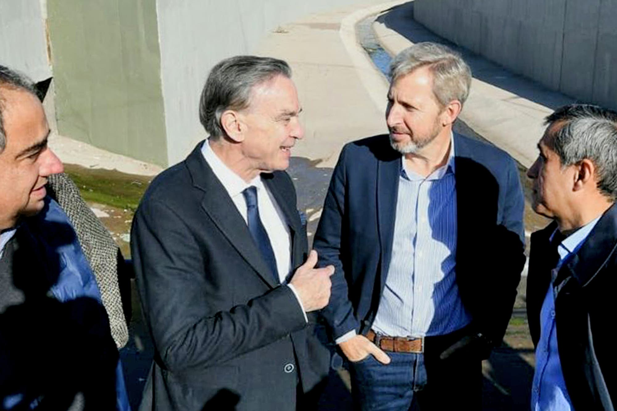 Macri delega en Frigerio y Pichetto el diálogo con el kirchnerismo