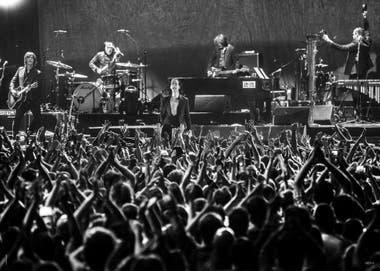 10 de octubre de 2018. Nick Cave and The Bad Seeds volvieron a tocar en Buenos Aires luego de dos décadas y dieron un recital arrollador en el Estadio Malvinas Argentinas