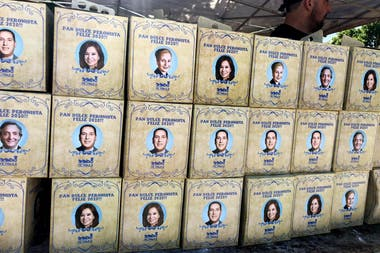 El pan dulce cuesta 200 pesos y tiene la imagen de Evita, Perón, Cristina y Néstor