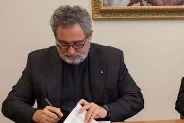 """""""El Vaticano no está en peligro de default, pero esto no quiere decir que no tenemos que enfrentar la crisis por lo que es y que seguramente tenemos por delante años difíciles"""", dijo Antonio Guerrero Alves"""