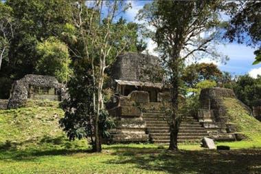 La ciudad de más de 100.000 habitantes en su momento de esplendor es hoy uno de los yacimientos arqueológicos más grande de la civilización maya