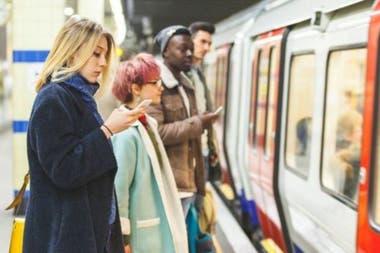 Durante el confinamiento el metro de Londres transportó sólo a una tercera parte del número normal de pasajeros.
