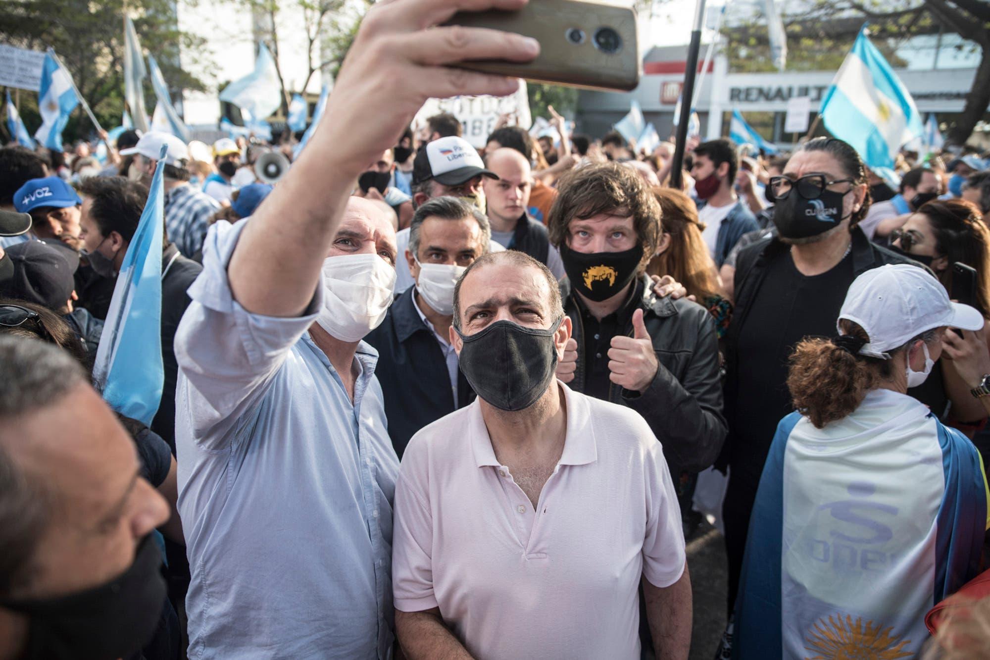 8N. Con apoyo opositor, se realizó el octavo banderazo contra el Gobierno