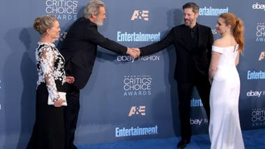 ¡De pronto flash...! Los famosos por la alfombra azul de los Critics´ Choice Awards