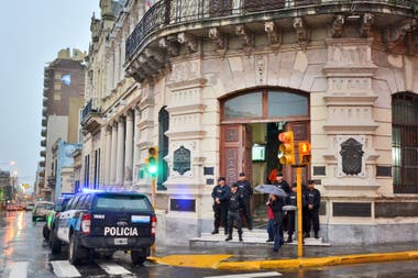 Jefes de la droga manejan redes de clientelismo; varios casos recientes muestran que la connivencia se extiende en forma transversal en distintas ciudades