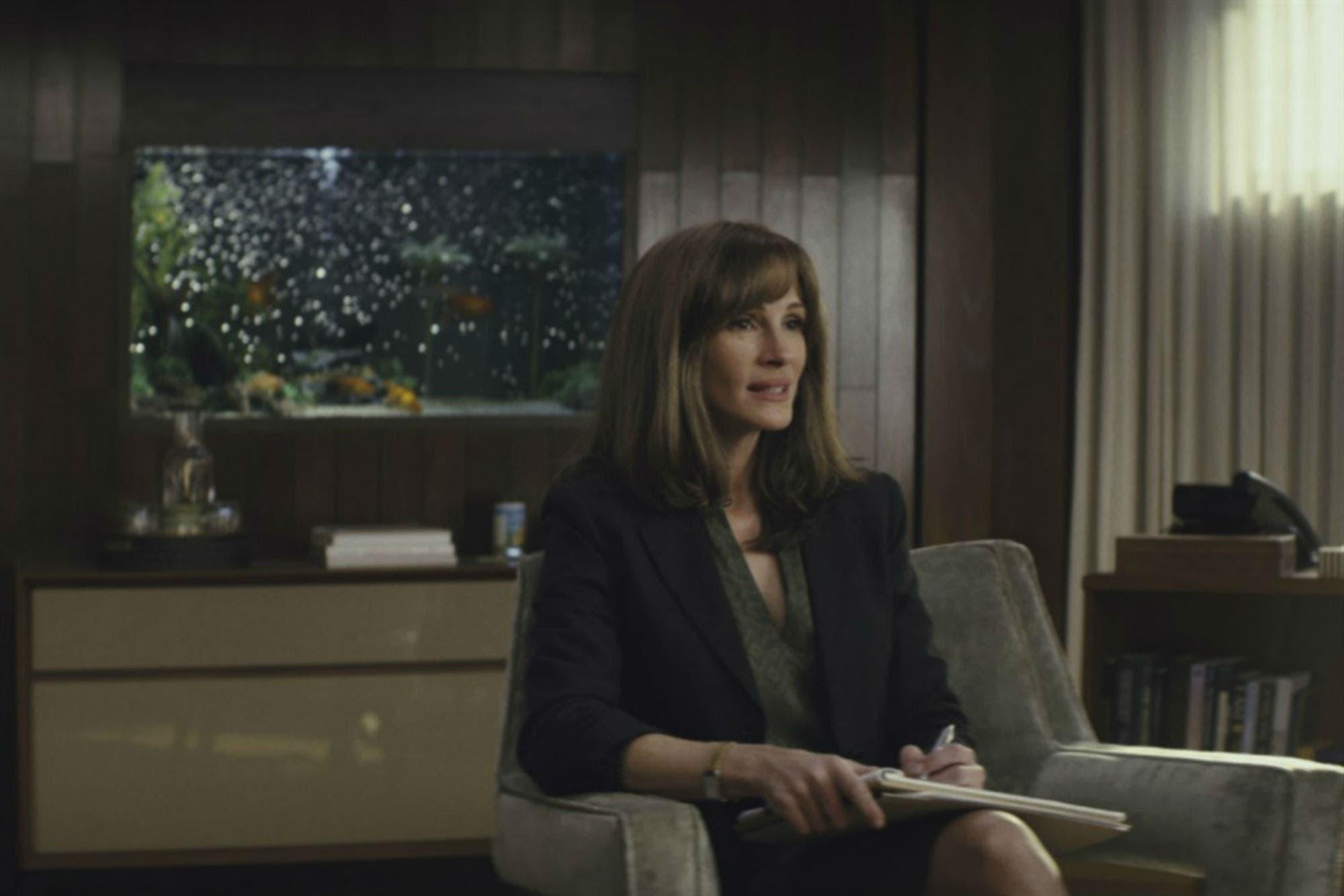 Homecoming, la serie protagonizada por Julia Roberts, estrenó un enigmático tráiler