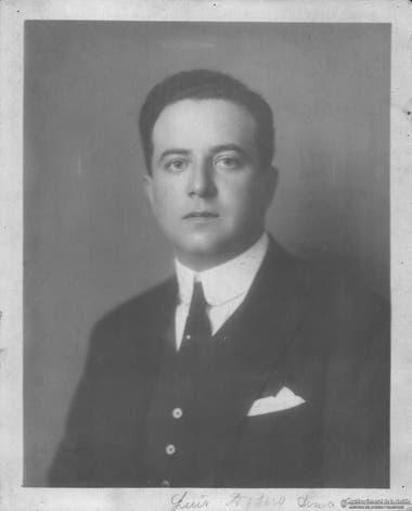 Luis Dodero, continuó al frente del imperio Mihanovich.