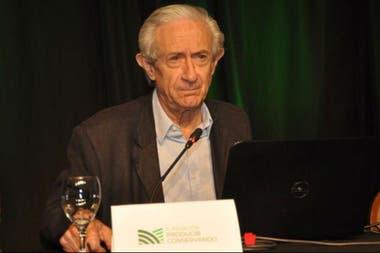 El economista Juan José Llach disertó sobre la demanda mundial de alimentos
