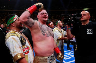 Andy Ruiz, campeón del mundo; la imagen que nadie podía imaginar