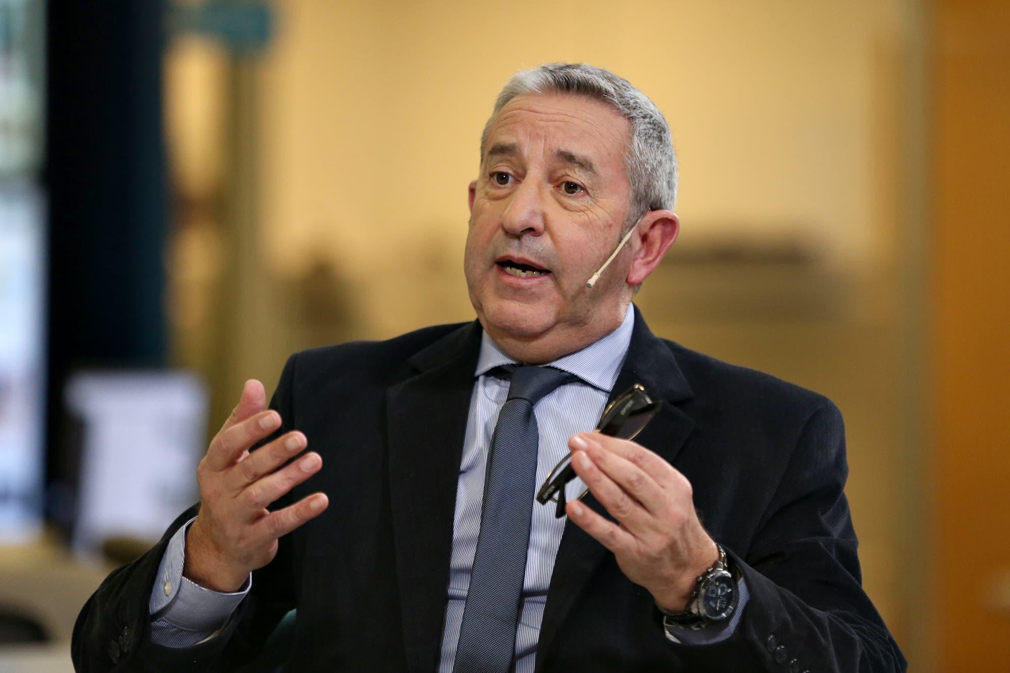 """Julio Cobos: """"Subir las retenciones sería un error"""""""