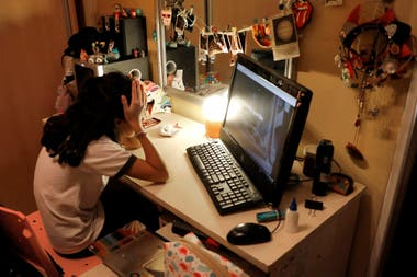 El tiempo entre pantallas es uno de los tópicos de conversación en los grupos de padres