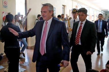 Presidente y profesor: Alberto Fernández fue a la Facultad de Derecho de la UBA a tomar finales