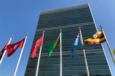 La ONU presentó un informe que indica que el coronavirus acelera su propagación y anunció su plan de ayuda sanitaria