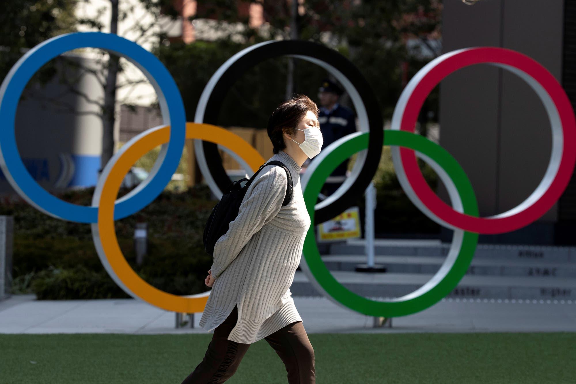 """El COI insiste en que sigue adelante con Tokio 2020, pero admite que considera """"diferentes escenarios"""""""