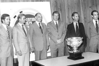Gonzalo Tanoira, Alfredo Harriott, Juan Cavanagh, Juan Carlos Harriott (h.), Horacio Antonio Heguy y Alberto Pedro Heguy
