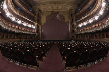 Teatro Colon cerrado desde el aislamiento social dispuesto por la pandemia