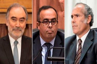 Los magistrados Pablo Bertuzzi, Leopoldo Bruglia y Germán Castelli, apuntados por el kirchnerismo