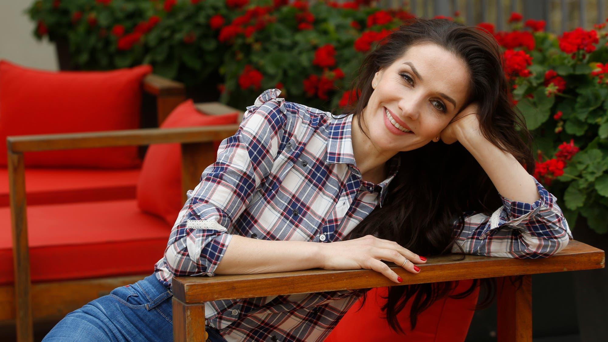 Natalia Oreiro mostró sus dotes como contorsionista en el tren Transiberiano