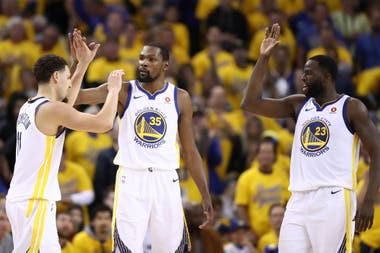Klay Thompson, Kevin Durant y Draymond Green, los rostros felices de Golden State Warriors