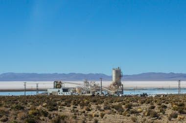 Sales de Jujuy, de Orocobre, Toyota y la empresa de energía de Jujuy produce 17.500 toneladas de litio al año, está junto a la comunidad Olaroz